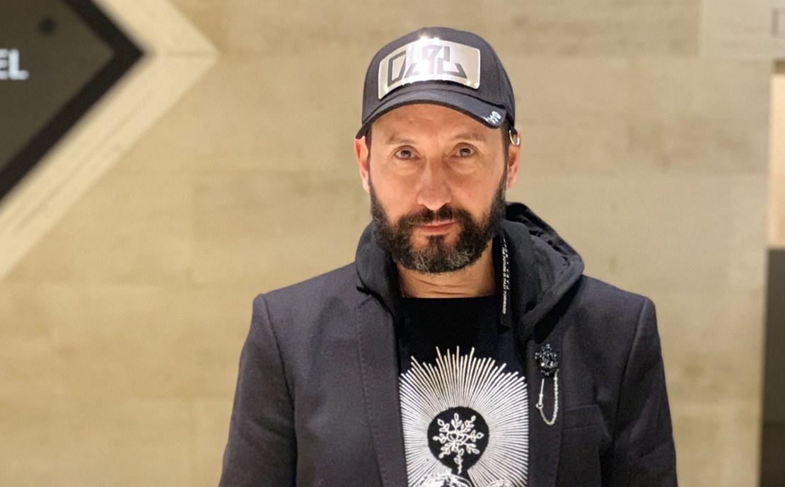 Эдуард Елкин на показе мод в Париже